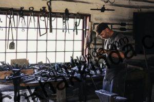 esnaf 1498028098 300x199 - Bağkurlular işsizlik maaşı alabilir mi?