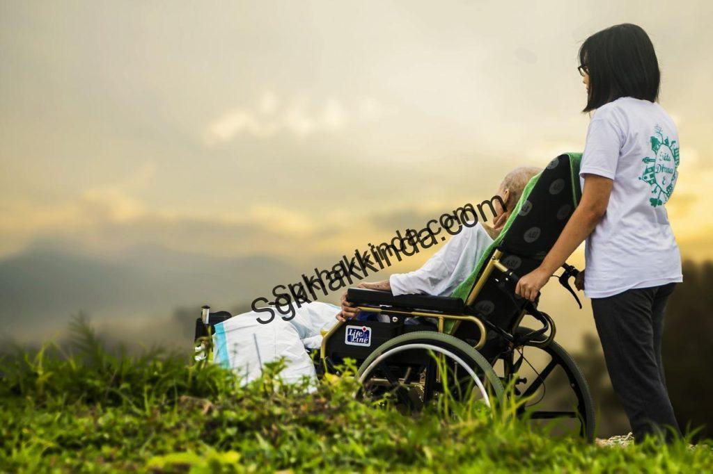 tekerlekli sandalye 1524421158 1024x682 - İşveren işçisine refakat izni vermek zorunda mı?